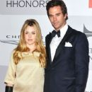David Walton and Majandra Delfino - 435 x 580