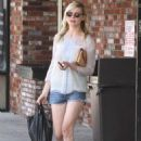 Kirsten Dunst leaving a convenience store in Toluca Lake, CA (July 17)