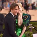 Keith Urban and Nicole Kidman : 23rd Annual Screen Actors Guild Awards - 443 x 600