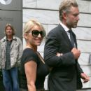 Jessica Simpson Leaving Her Hotel In New York City