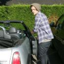 Harry Styles Out And About With Friends (July 15)