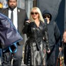 Christina Aguilera – Arrives at Jimmy Kimmel Live in Hollywood - 454 x 681