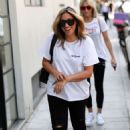 Nicole Appleton – Arrives at AOL in London - 454 x 717