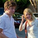 Jeremy Allen White and Laura Wiggins