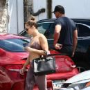 Jennifer Lopez – Heads to gym in Miami
