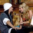 Tom Kaulitz and Chantelle Paige - 399 x 282