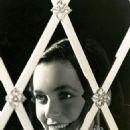 Maureen O'Sullivan - 454 x 575