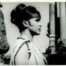 Gidget Goes to Rome - 454 x 366