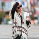 Hilary Duff running errands Out in Los Angeles October 17, 2016