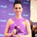 Katy Perry Takes Her Purr-fume to Cologne