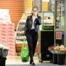 Rosie Huntington Whiteley – Shopping in Los Angeles - 454 x 482