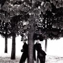 Kristen McMenamy and Linda Evangelista - 454 x 606
