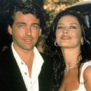 Angus MacFadyen and Catherine Zeta-Jones - 454 x 471