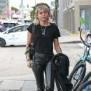Miley Cyrus – Arrives at a studio in West Hollywood