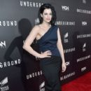 Jessica De Gouw attends the premiere of WGN America's