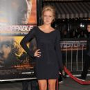 Jessy Schram-Unstoppable World Premiere In La-26.10.2010