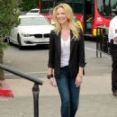 Katherine Heigl On The Set Of Extra In Universal City
