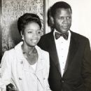 Sidney Poitier and Juanita Hardy - 454 x 588