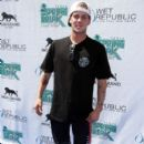 Ryan Sheckler hosts a spring break poolside bash at Wet Republic at the MGM Resort & Casino in Las Vegas - 396 x 594