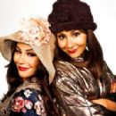 Snooki and JWoww pose as Blossom and Six from the TV series