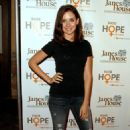 Alison Brie - Raise Hope For Congo Event At Janes House On June 28, 2009 In Los Angeles, California