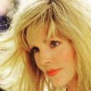 Priscilla Presley - 454 x 569