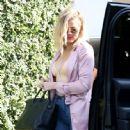 Khloe Kardashian is spotted at Casa Vega in Studio City, California on June 8, 2016 - 447 x 600