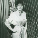 Yvonne Romaine - 367 x 462