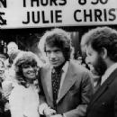 Julie Christie and Warren Beatty - 340 x 475