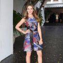 Alison Brie Cfdavogue Fashion Fund Event In La