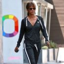 Halle Berry – Leaving a meeting in West Hollywood - 454 x 681