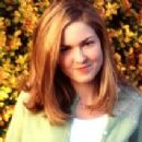 Sarah Schaub - 298 x 212