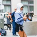 Taylor Swift in Shorts – Arrives home in New York City