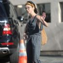 Sarah Hyland – Arrives to dance class in Studio City