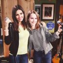 Victoria Justice as Amanda in Undateable - 454 x 454