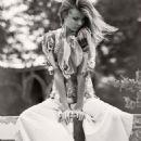 Magdalena Frackowiak - Elle Magazine Pictorial [France] (4 March 2016)