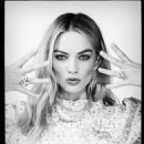 Margot Robbie – Chanel Photoshoot 2019 - 454 x 569