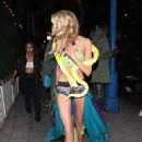 Stella Maxwell – Arrives at Drake's Halloween Party in West Hollywood