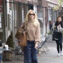 Claudia Schiffer – Shopping in Notting Hill