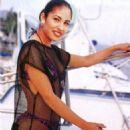 Selena - 454 x 667