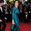 """Actor Rachel Weisz attends the Premiere of """"Youth"""" during the 68th annual Cannes Film Festival on May 20, 2015 in Cannes, France"""