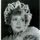 Bessie Barriscale - 454 x 568