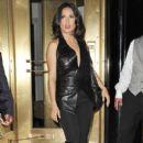 Salma Hayek Leaves Her NYC Hotel