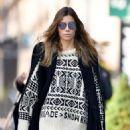 Jessica Biel – Wears a beige sweater in New York City