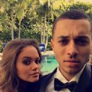 Madison Pettis and Kalin White - 454 x 807