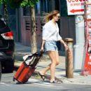 Elizabeth Olsen and Robbie Arnett – Out in Brooklyn