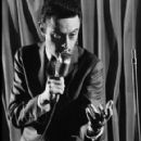 Lenny Bruce - 291 x 435