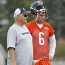Jay Cutler With Mike Martz - 377 x 512