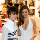 Miranda Kerr Samantha Thavasas Vip Event At Ala Moana Center In Honolulu