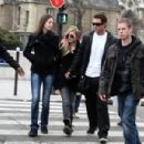 Avril Lavigne - Paris candids, 09.02.2011.